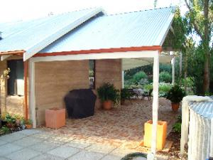 Carport single attached to house